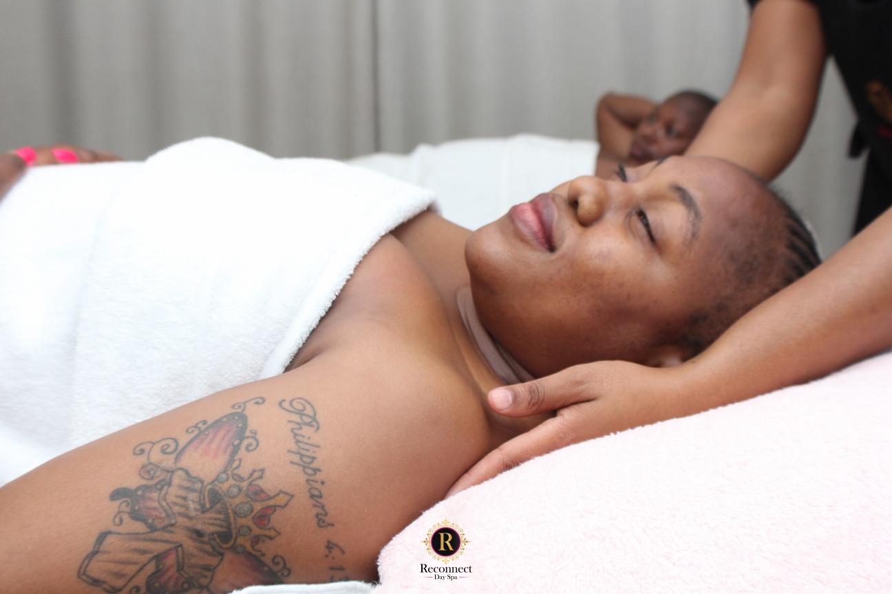 deep tisues couple massage