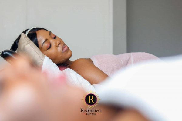 pregnancy massage at reconnect day spa